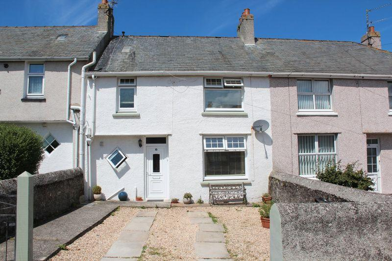 3 Bedrooms Terraced House for sale in Gwelfor Avenue, Holyhead