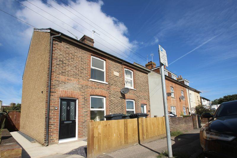 3 Bedrooms Terraced House for sale in Priory Road, Tonbridge