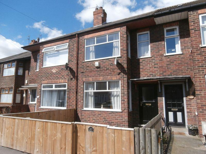 3 Bedrooms Terraced House for sale in Sherwood Avenue, Hull