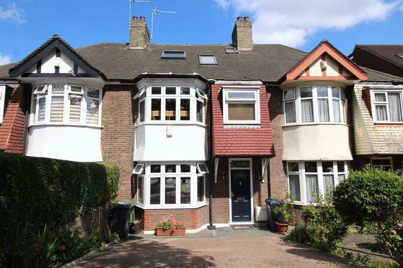 4 Bedrooms Terraced House for sale in Church Hill Road, East Barnet