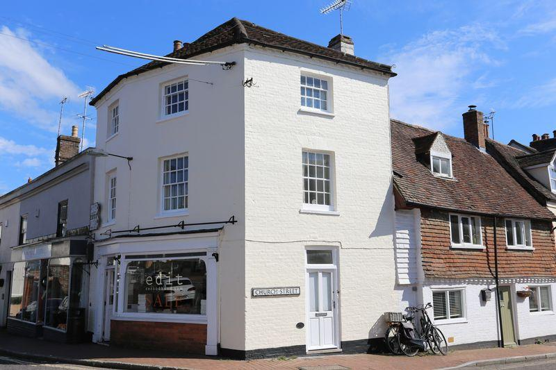 2 Bedrooms Apartment Flat for sale in Church Street, Cuckfield