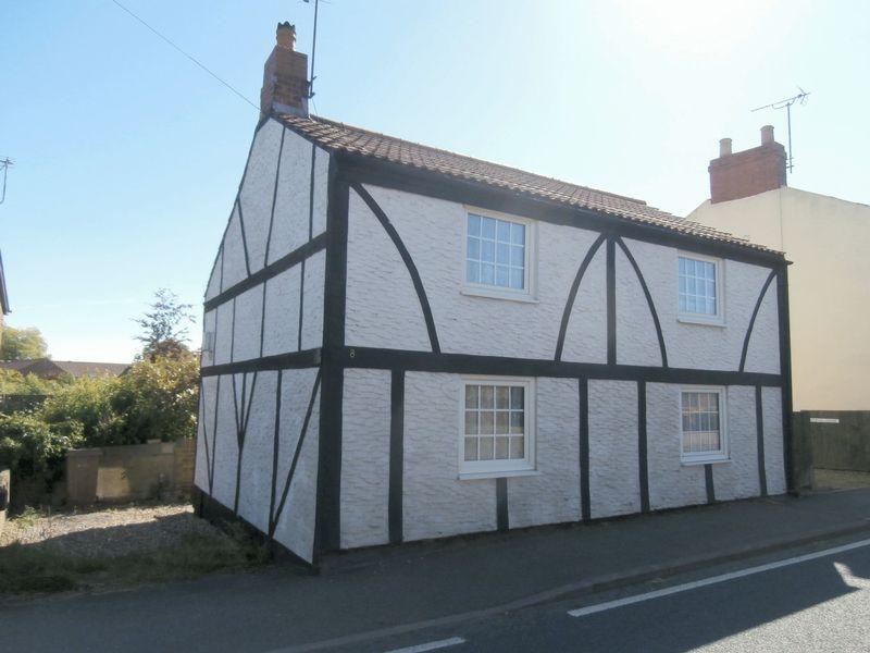 2 Bedrooms Cottage House for sale in Main Street, Keyingham