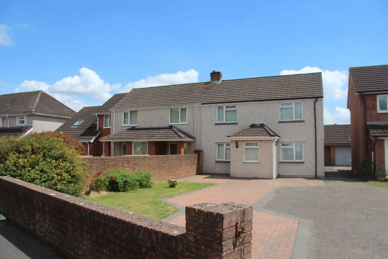 3 Bedrooms Semi Detached House for sale in Bulwark, Chepstow