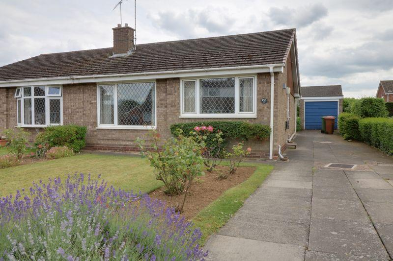 2 Bedrooms Semi Detached Bungalow for sale in Jacklins Approach, Scunthorpe