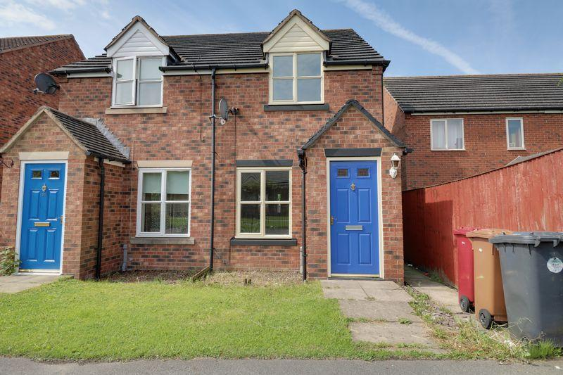2 Bedrooms Semi Detached House for sale in Temple Road, Scunthorpe