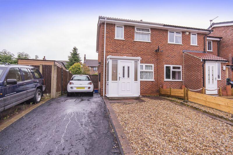 2 Bedrooms Semi Detached House for sale in RUSSET CLOSE, OAKWOOD