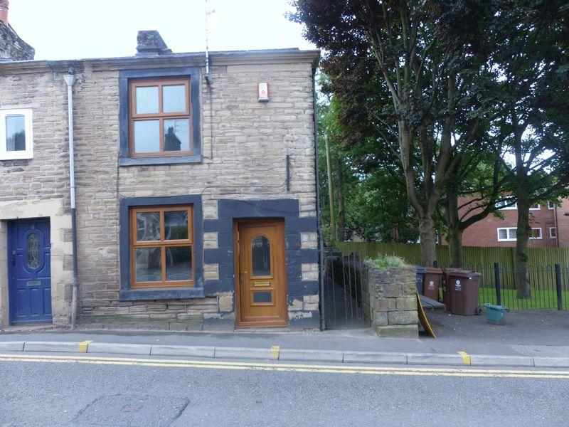 2 Bedrooms Cottage House for sale in Oldham Road, Springhead