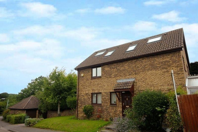 6 Bedrooms Detached House for sale in Holly Farm Close, Caddington