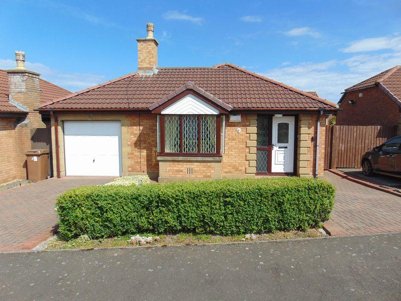 2 Bedrooms Detached Bungalow for sale in Ashley Close, Killingworth, Newcastle Upon Tyne
