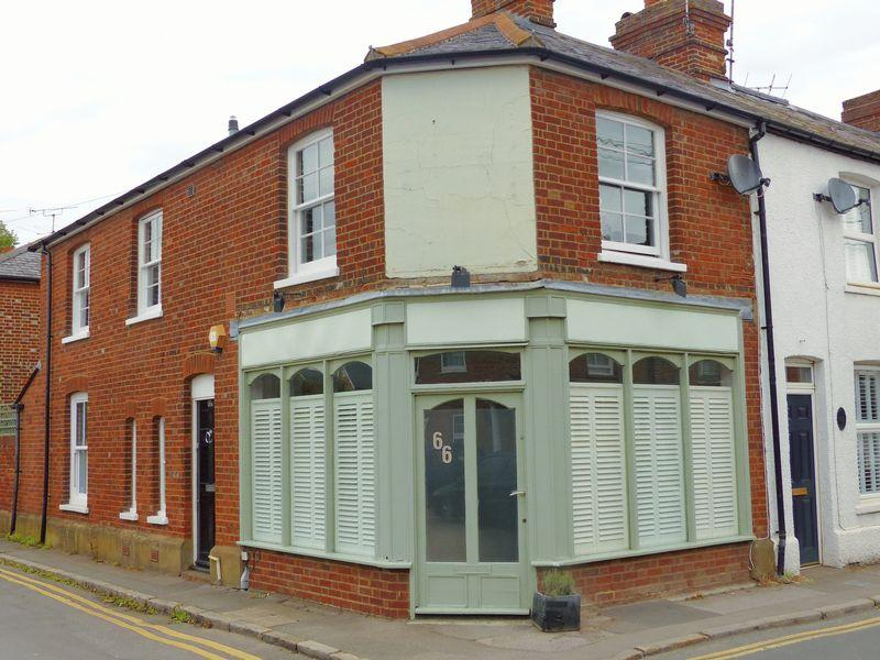 1 Bedroom Apartment Flat for sale in Station Road, Marlow