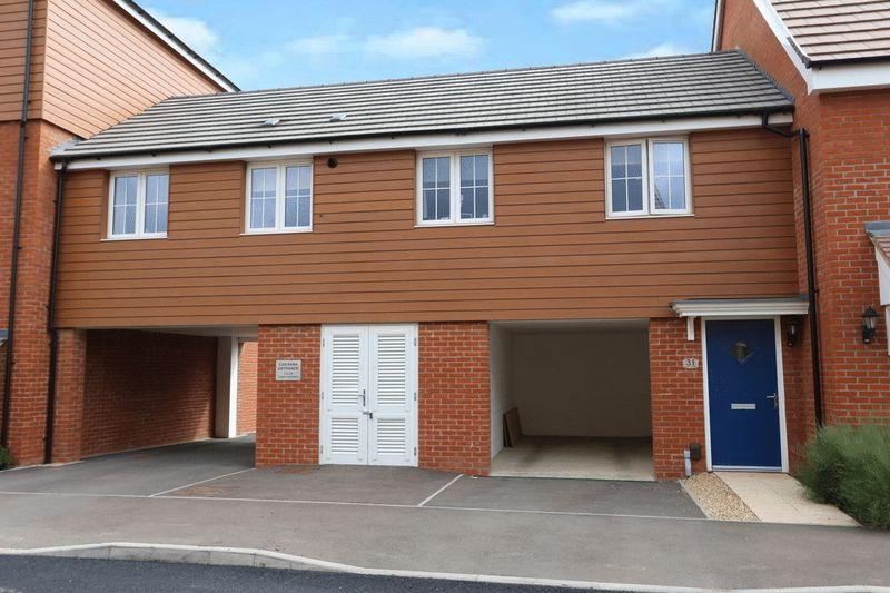 2 Bedrooms Terraced House for sale in Copia Crescent, Leighton Buzzard