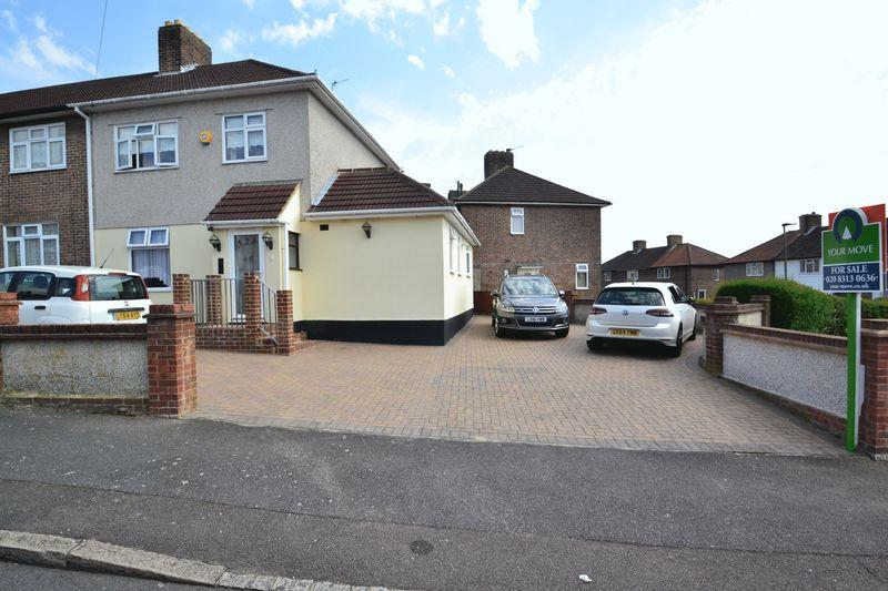 3 Bedrooms End Of Terrace House for sale in Detling Road, Bromley
