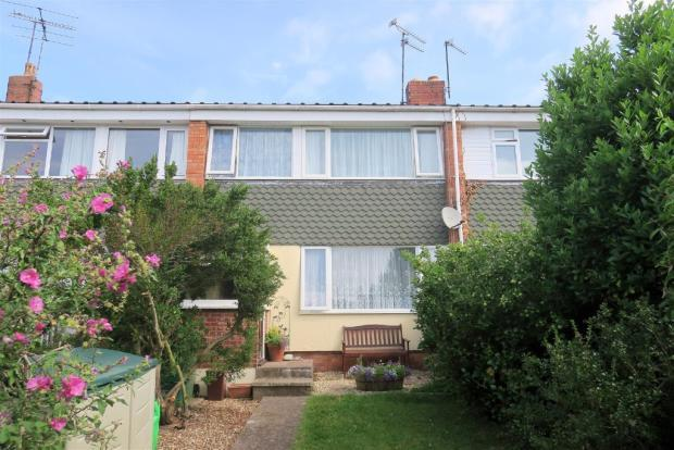 3 Bedrooms Terraced House for sale in Roughmoor Crescent, Taunton TA1