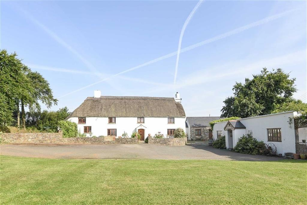 4 Bedrooms Detached House for sale in Yeolmbridge, North Cornwall, Launceston, Cornwall, PL15