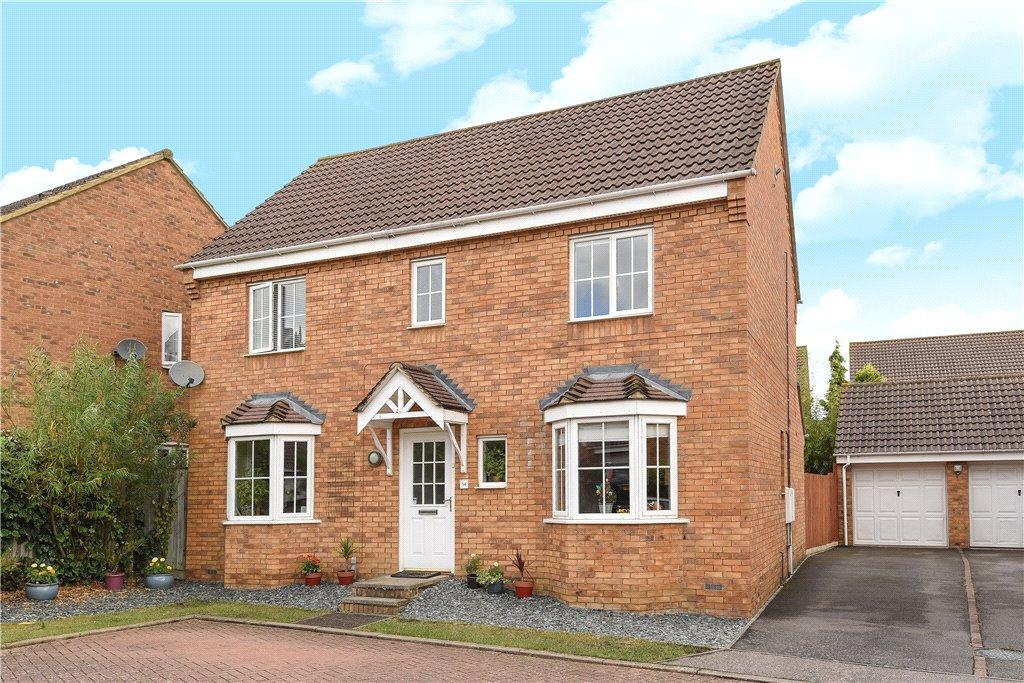 4 Bedrooms Detached House for sale in Chapmans Drive, Old Stratford, Milton Keynes, Northamptonshire