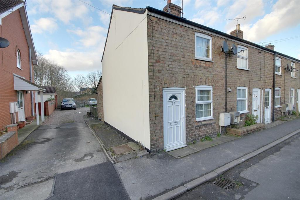 2 Bedrooms Terraced House for sale in 23 Finsbury Street, Alford, Lincolnshire