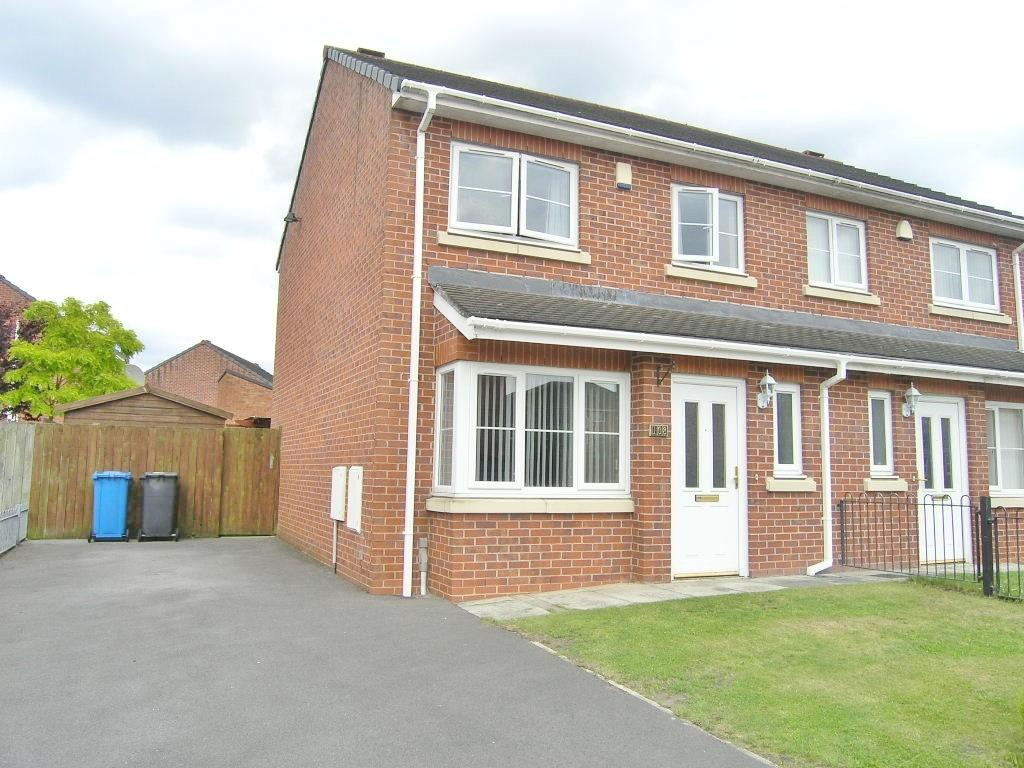 3 Bedrooms House for sale in Blenheim Close, Padgate, Warrington