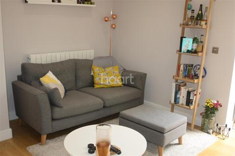 2 bedroom semi-detached house to rent - Channons Hill, Fishponds