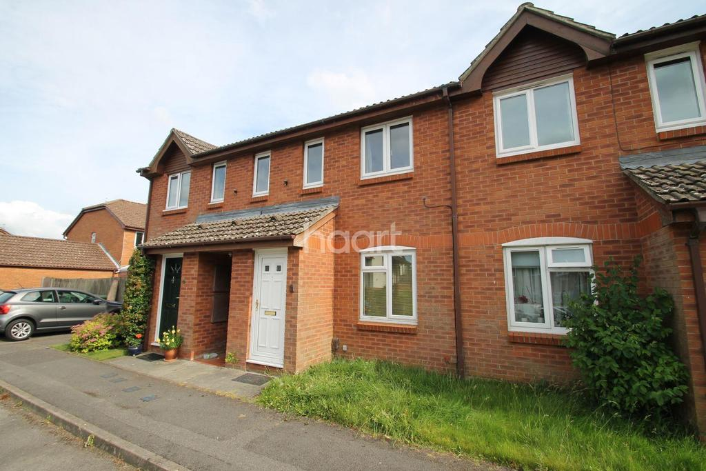 1 Bedroom Flat for sale in Dukes Close, Petersfield