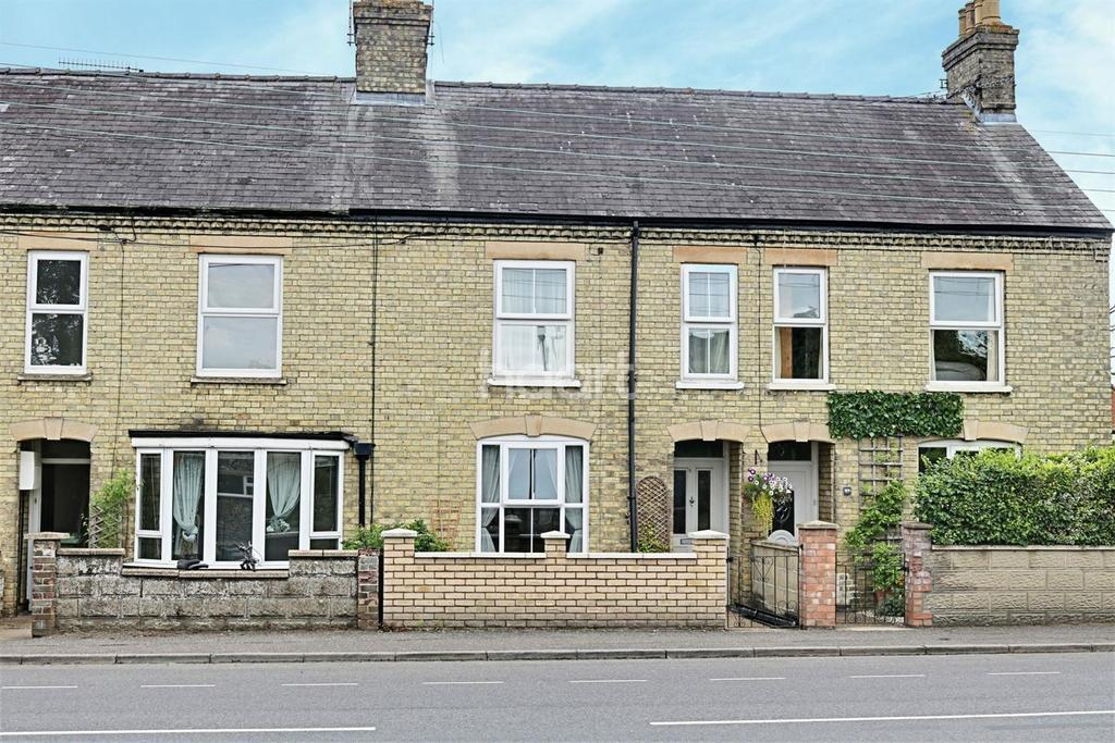 3 Bedrooms Terraced House for sale in Bury Road, Thetford