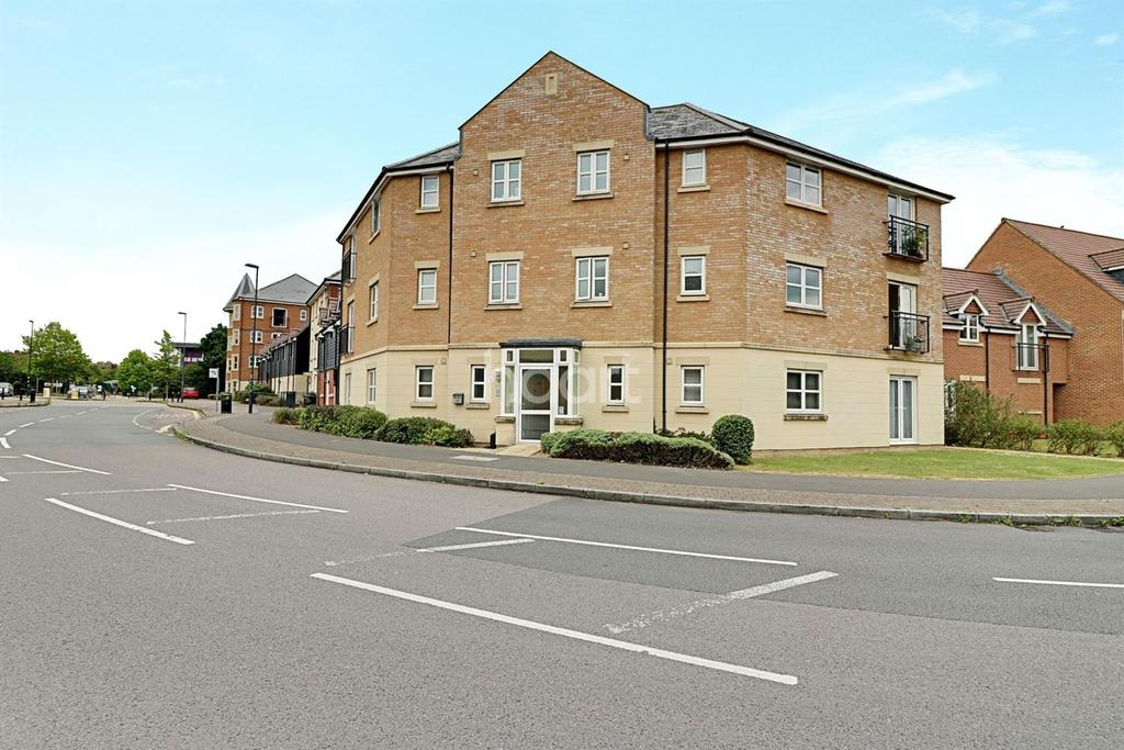 2 Bedrooms Flat for sale in Torun Way, Swindon, Wiltshire