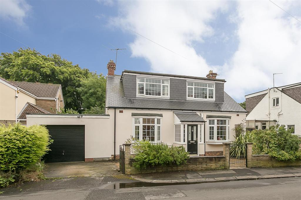 4 Bedrooms Detached Bungalow for sale in Elm Grove, Forest Hall, Newcastle upon Tyne