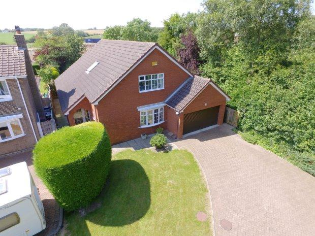 4 Bedrooms Detached House for sale in AUCKLAND WAY, WEST PARK, HARTLEPOOL