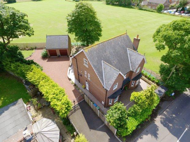 6 Bedrooms Detached House for sale in LAUREL HOUSE, CASTLE EDEN, HARTLEPOOL AREA VILLAGES