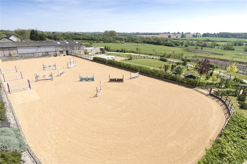 4 Bedrooms Equestrian Facility Character Property for sale in Turweston, Brackley, Buckinghamshire, NN13