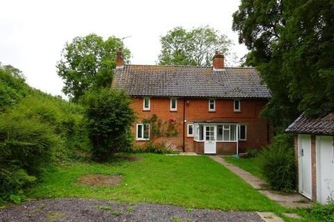 3 bedroom detached house to rent - Broad Chalke