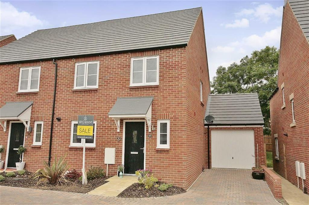 4 Bedrooms Semi Detached House for sale in Golby Road, Bloxham, Oxfordshire, OX15