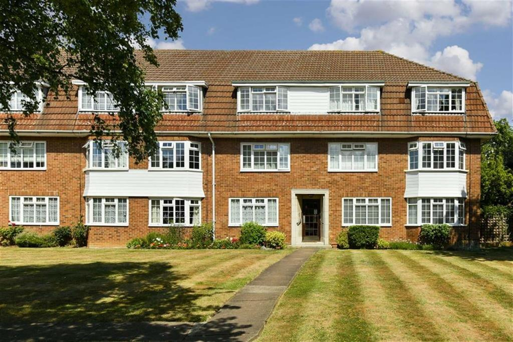 2 Bedrooms Flat for sale in Hemingford Road, Cheam, Surrey