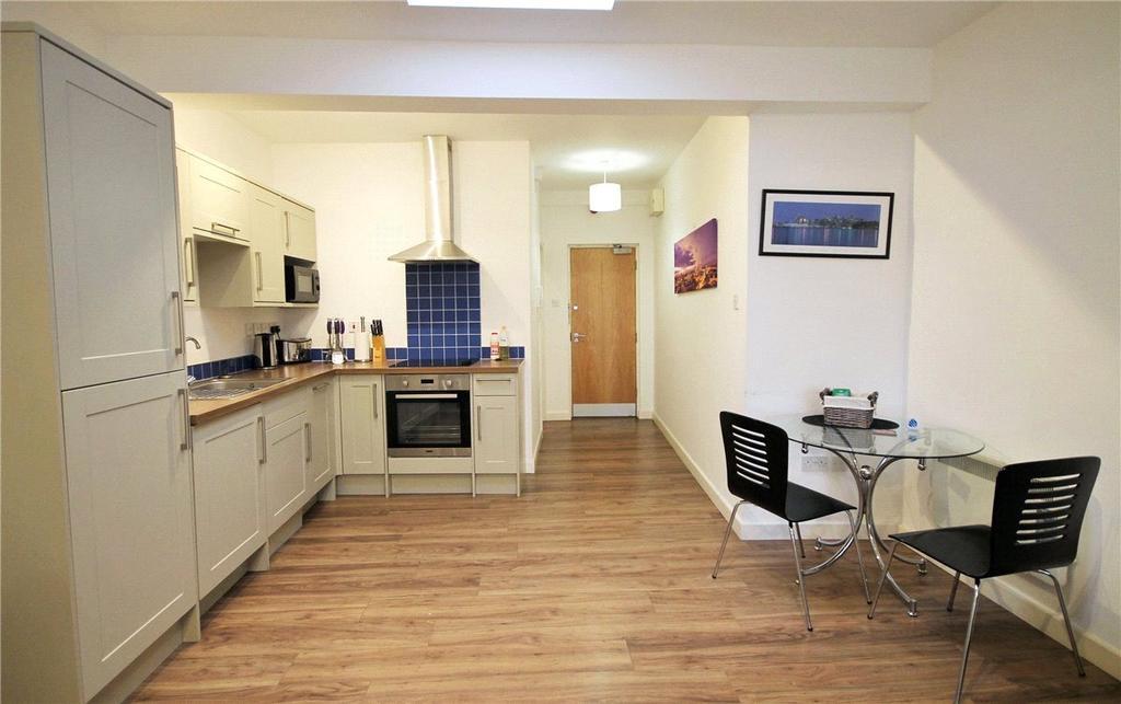 Studio Flat for sale in Newmarket Road, Cambridge, CB5