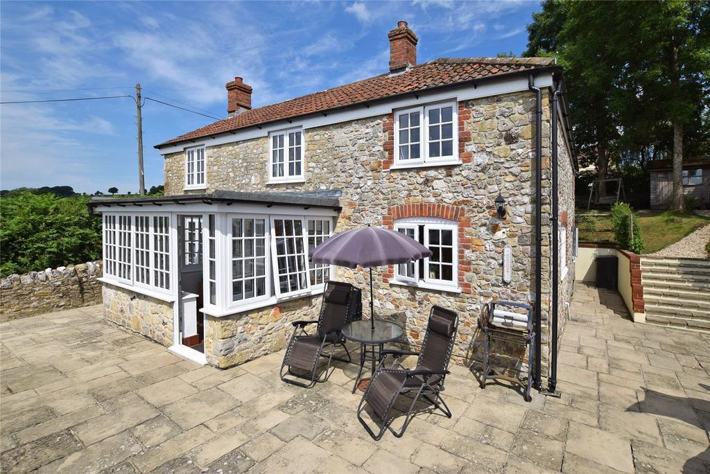 4 Bedrooms Detached House for sale in Membury, Axminster, Devon