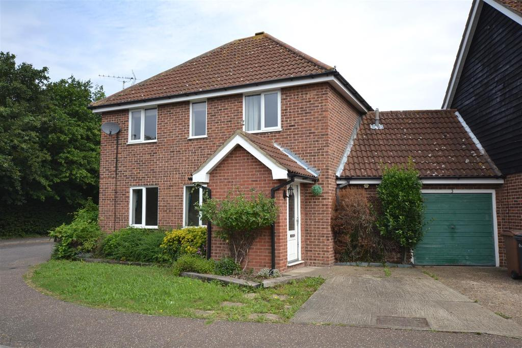 4 Bedrooms Detached House for sale in Dunlin Close, South Woodham Ferrers