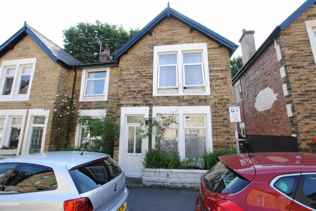 3 Bedrooms Semi Detached House for sale in Valley Mount, Harrogate, HG2
