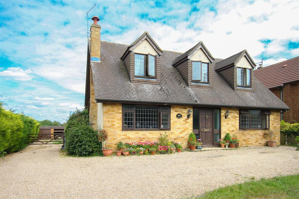 5 Bedrooms Detached House for sale in King Street, High Ongar