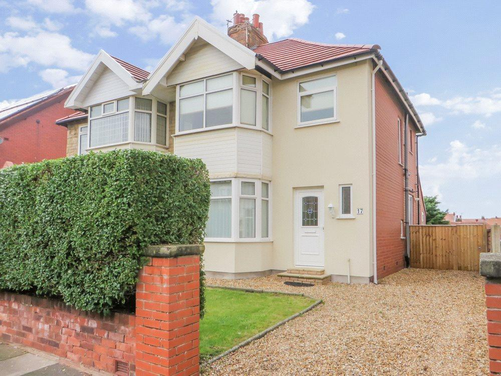 3 Bedrooms Semi Detached House for sale in Montpelier Avenue, Bispham, Blackpool