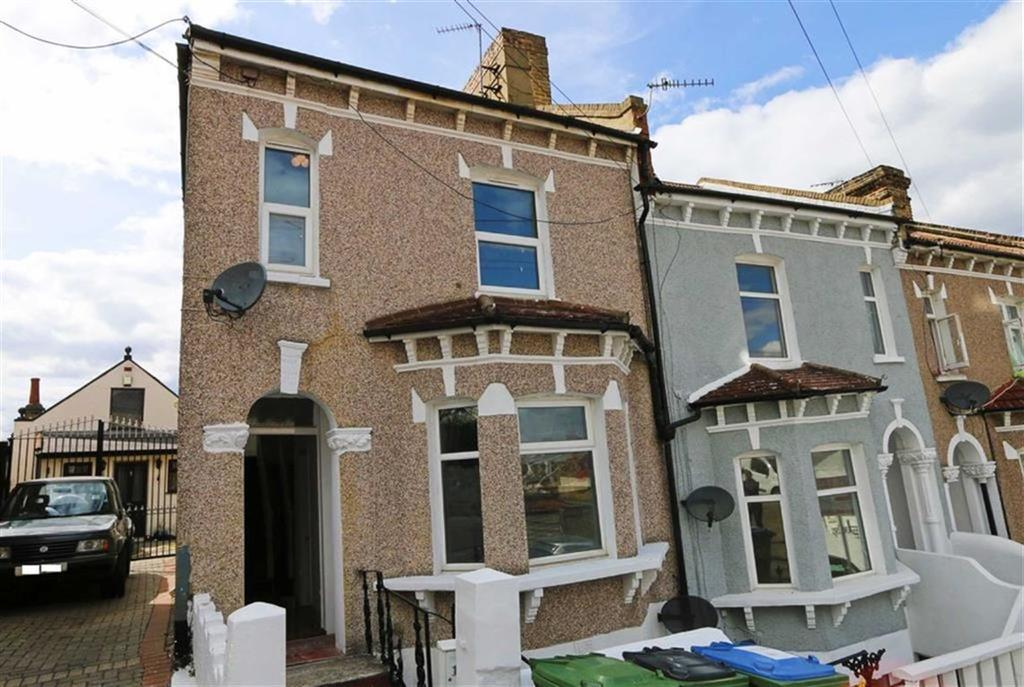 3 Bedrooms Duplex Flat for sale in Burwash Road, Plumstead, London, SE18