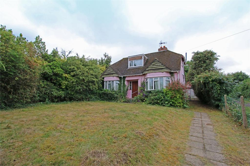 3 Bedrooms Detached House for sale in Bishops Cleeve, Cheltenham