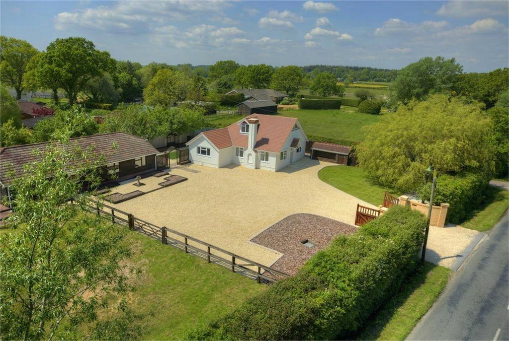 4 Bedrooms Detached House for sale in Ipley, New Forest, Hampshire