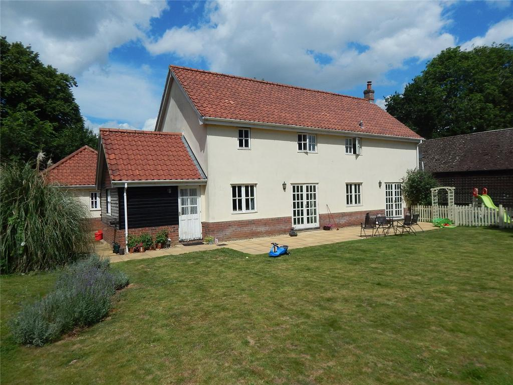 4 Bedrooms Detached House for sale in Attleborough Road, Caston