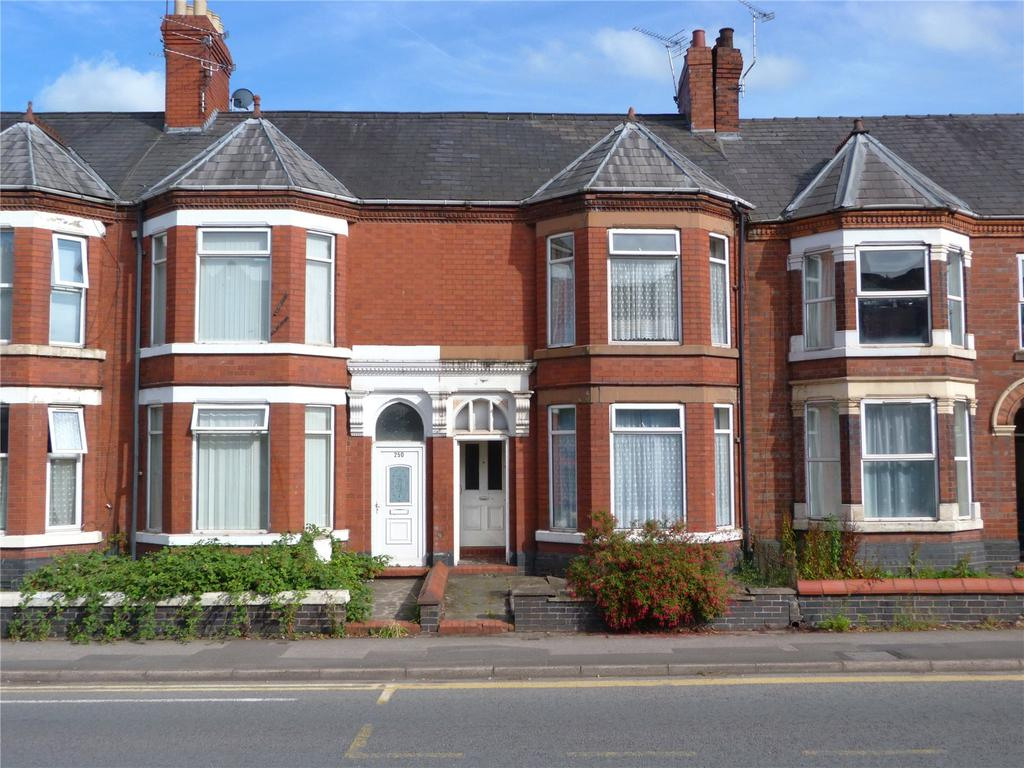 4 Bedrooms Terraced House for sale in Nantwich Road, Crewe, Cheshire, CW2