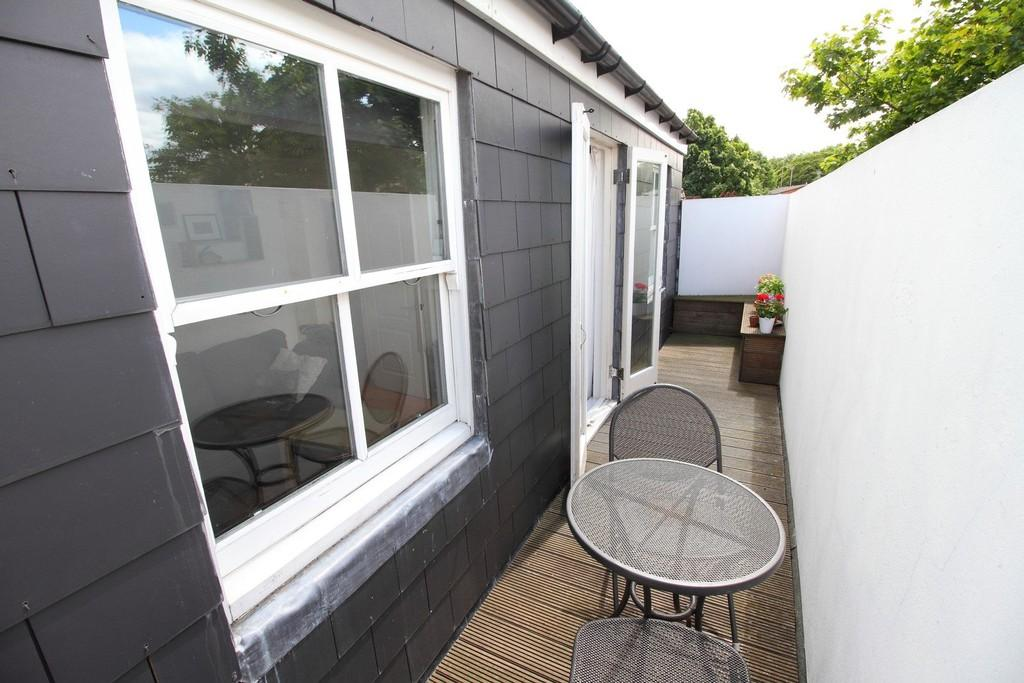 1 Bedroom Apartment Flat for sale in Highbury Park, N5 2XE
