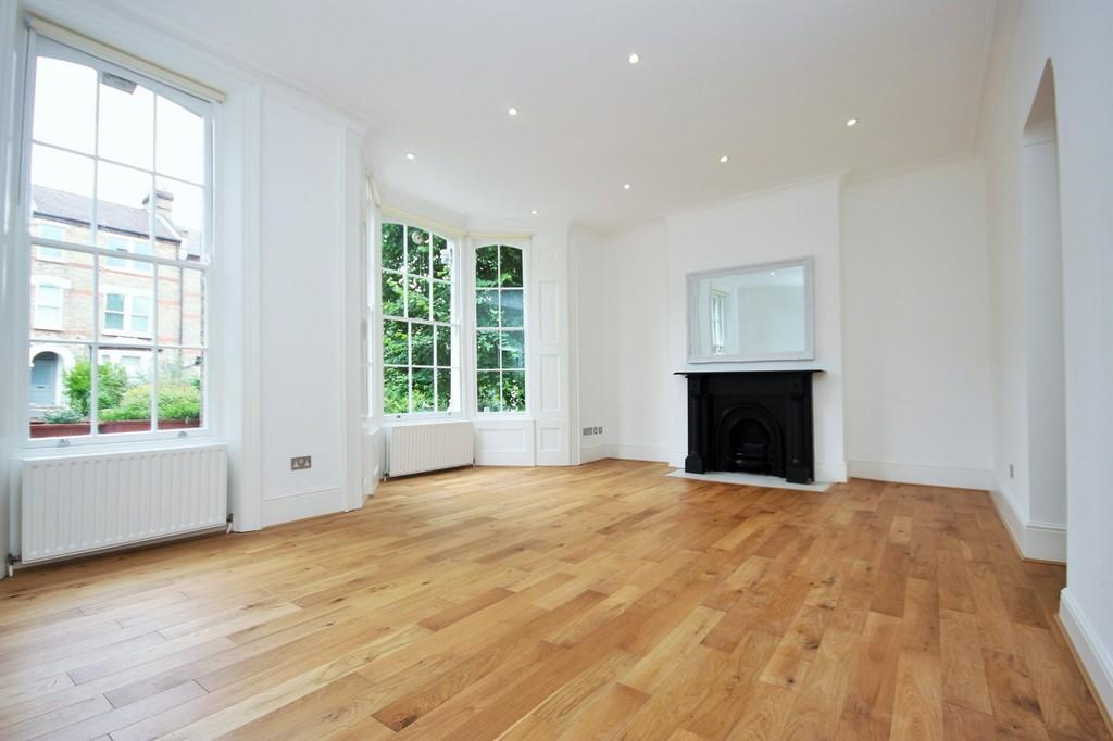 2 Bedrooms Apartment Flat for sale in Ashley Road N19 3AF