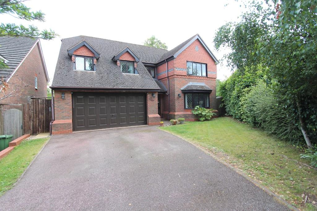4 Bedrooms Detached House for sale in Middlefield Avenue, Knowle