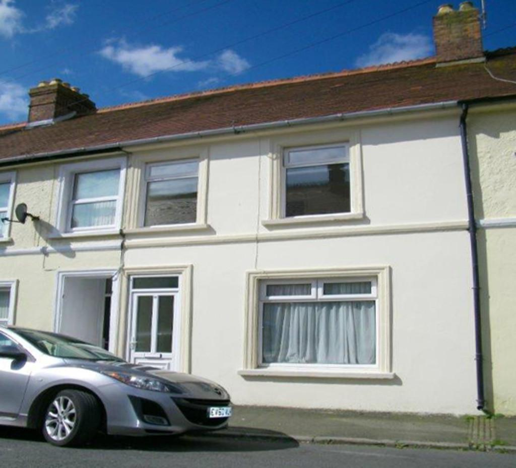 2 Bedrooms Terraced House for sale in St Peters Road, Milford Haven