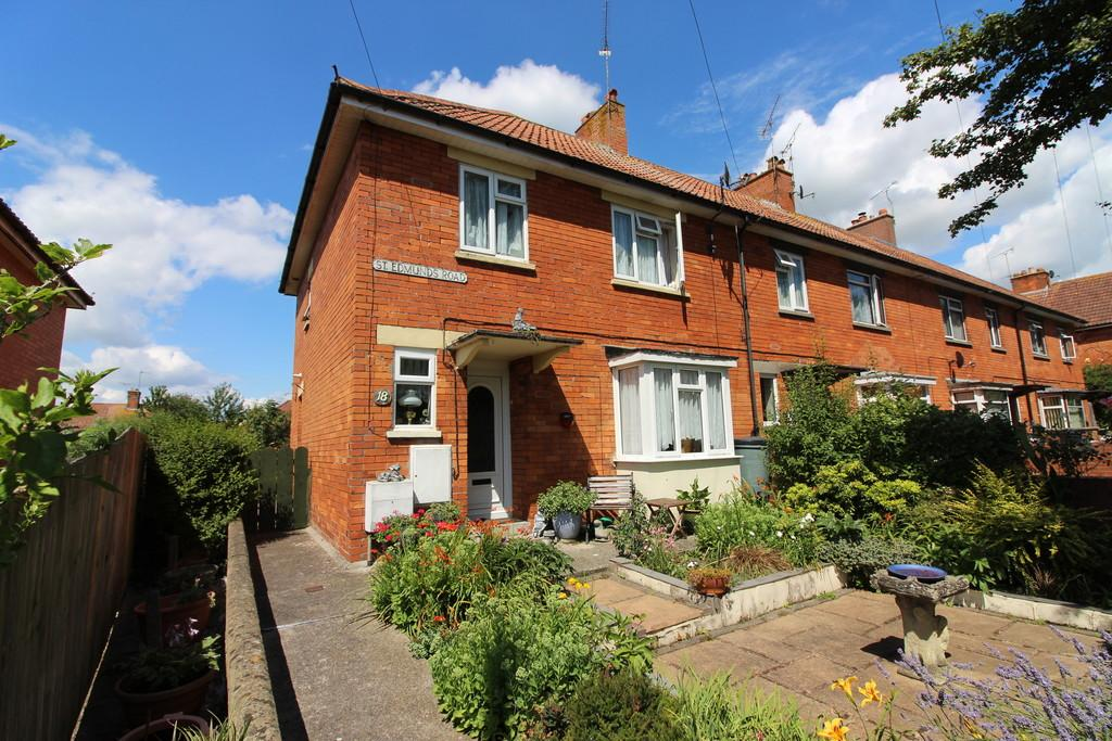 3 Bedrooms End Of Terrace House for sale in St Edmunds Road, Glastonbury