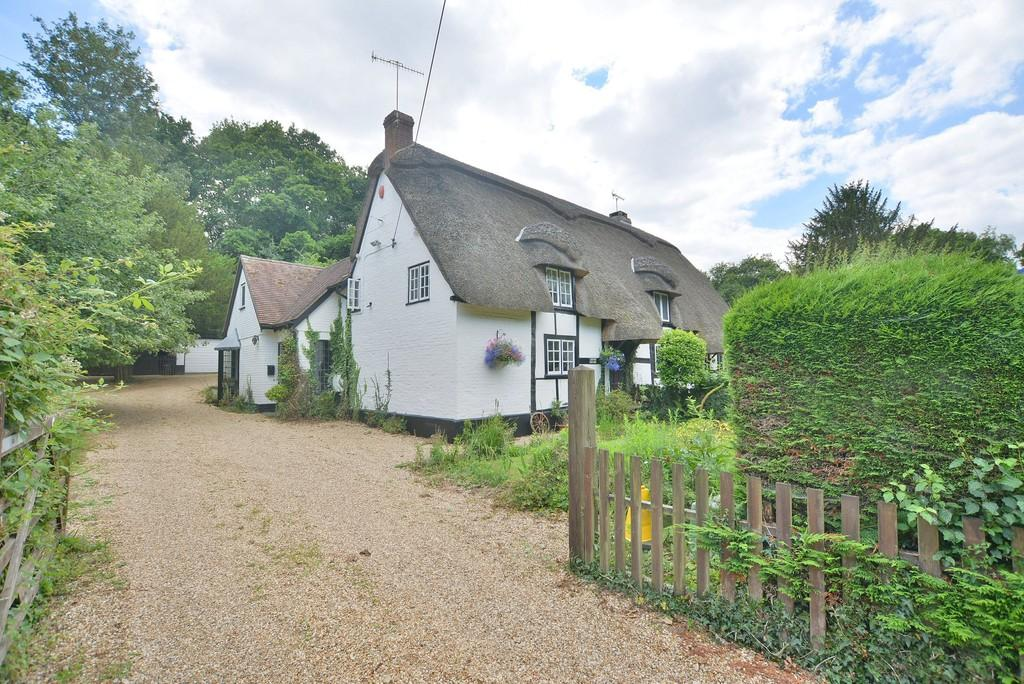 4 Bedrooms Cottage House for sale in Hangersley, Ringwood