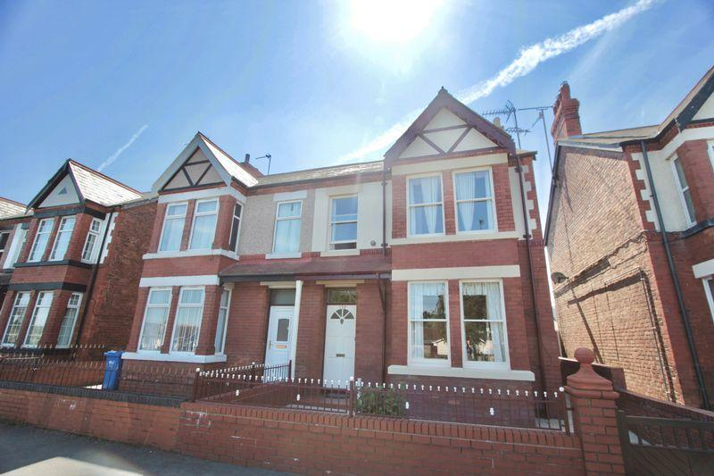 5 Bedrooms Unique Property for sale in Marine Road, Prestatyn